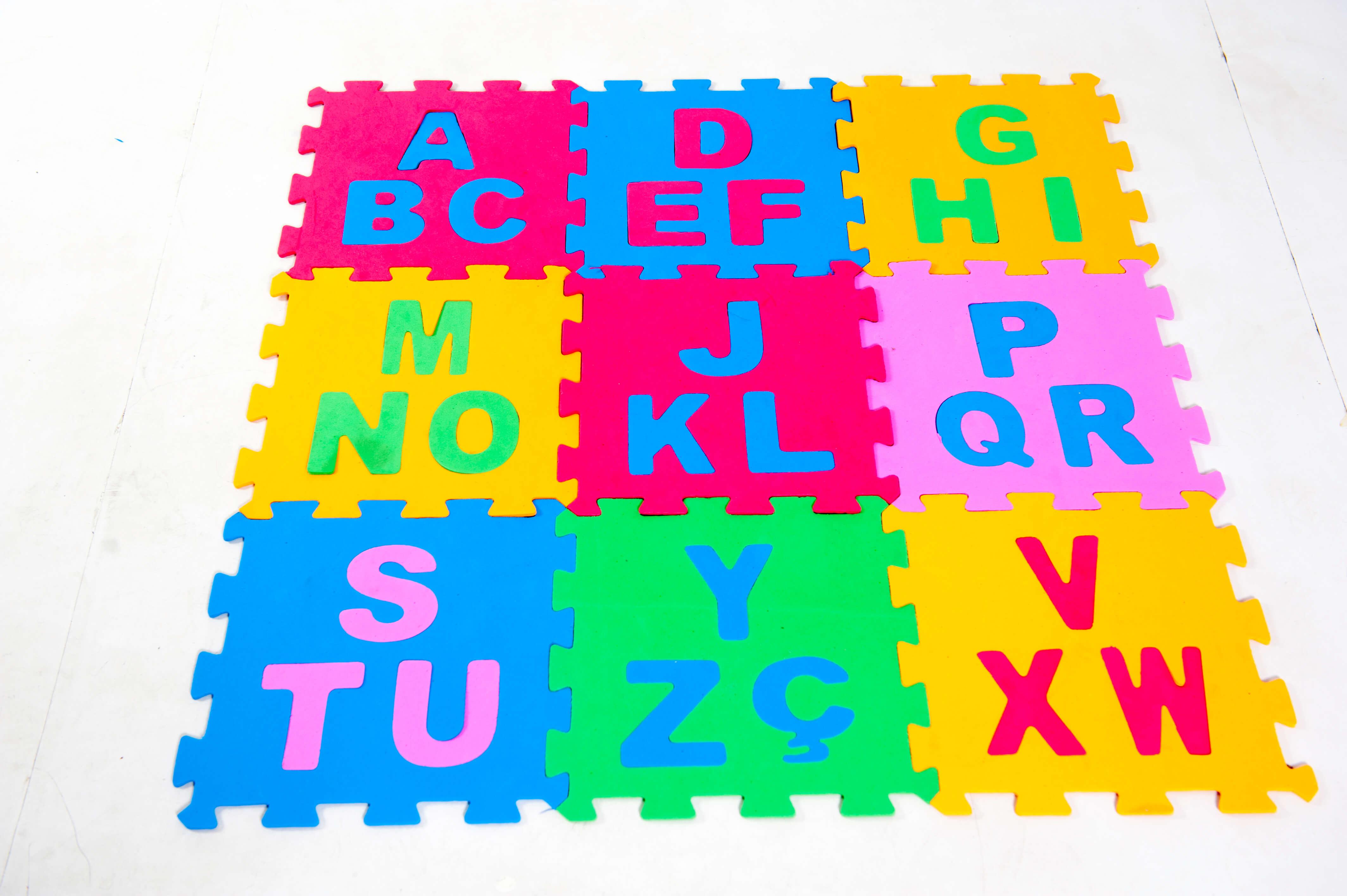 Tatame Alfabeto Tri